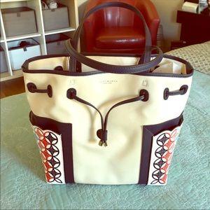 Handbags - Check these 2 bags